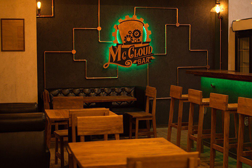 McCloud Bar, бар