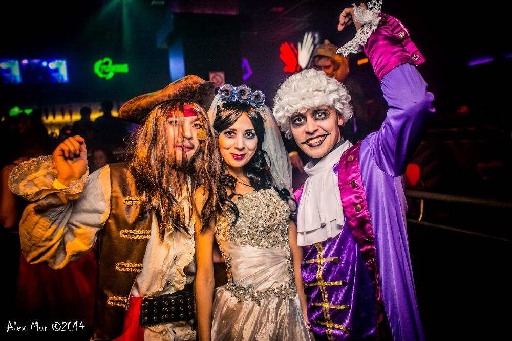 причин, фото хэллоуин в клубе вегас п ильский вот гуляя