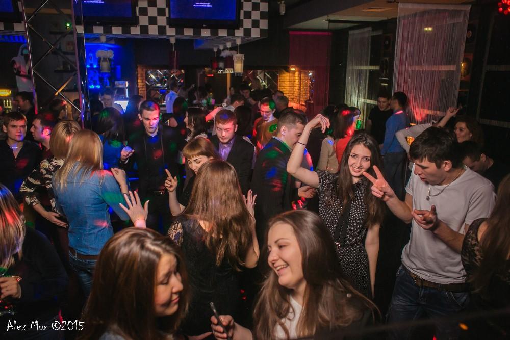 30 владивостоке клуб знакомств кому во