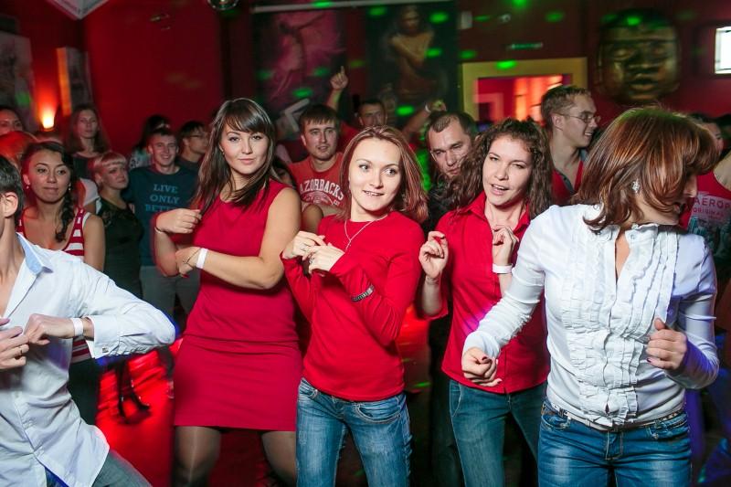 Красный клуб открытки